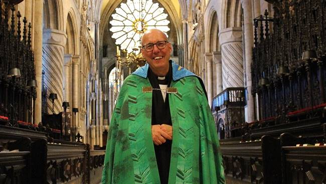 Durham Cathedral bids farewell to Canon David Kennedy