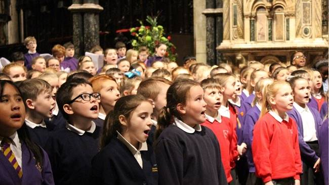 Sunderland primary school children team up with Durham Cathedral Choristers for musical celebration