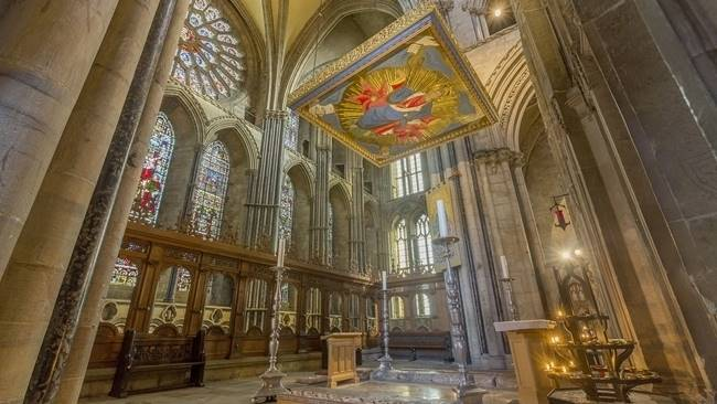Live streaming of regular services resume from inside Durham Cathedral