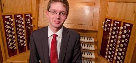 Organ Recital: Simon Hogan